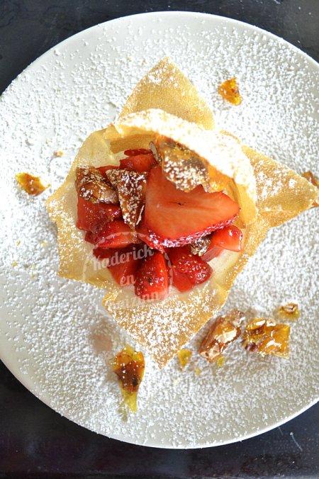 Degustation corolle brick tartare fraises nougatine Culino Versions