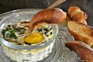 Recette-oeuf-cocotte-epinards-champignons