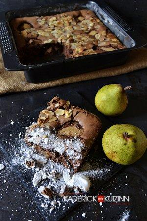 Degustation fondant chocolat noir poires bio amandes effilees