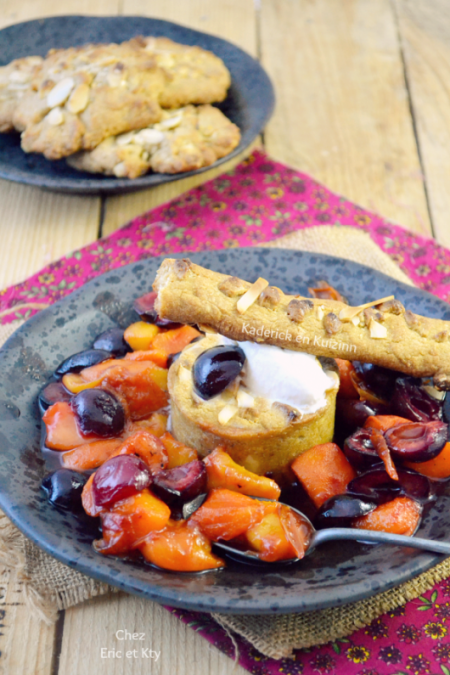 Degustation-fruits-caramelises-plancha-glace-vanille-cookies-amande-530x795